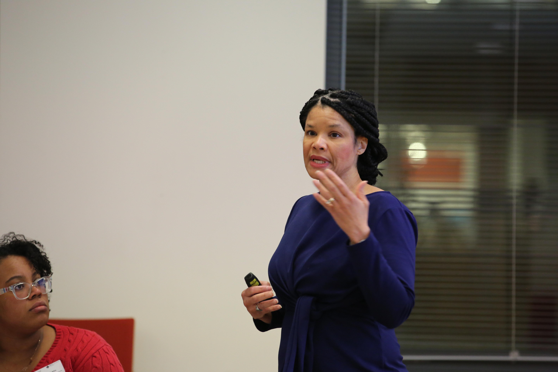 Prof. Korley delivering 2019 Joint NESACS/NENOBCChE Lecture